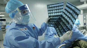 A beutazó külföldiek miatt újabb 78 fertőzött van Kínában