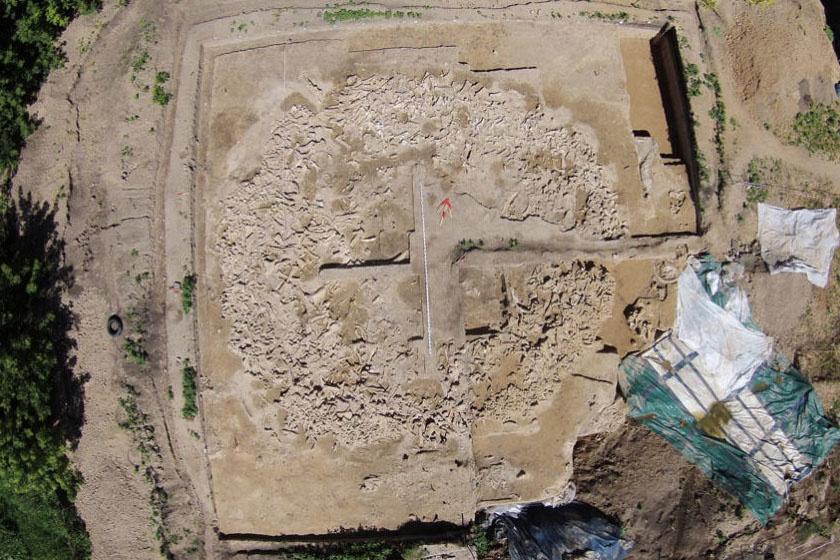 2014-ben a helyszínre érkező régészek egyértelműen megállapították, hogy valami van a föld alatt, és 2015-ben meg is kezdődtek az ásatások.