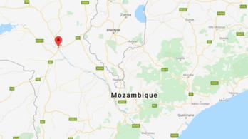 Hatvannégy halott menekültet találtak egy kamion konténerében Mozambiknál