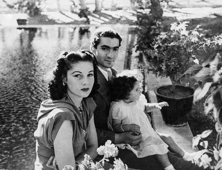 Nem volt boldog, s nem is volt hosszú házasság az övék, bár ettől Irán és Egyiptom még békében maradt