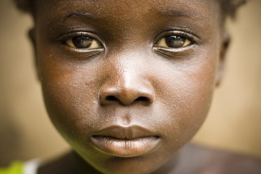 Évente 12 millió gyereket kényszerítenek házasságra: megdöbbentő adatok 2020-ban