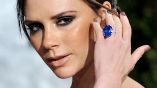 Victoria Beckham évek óta először posztolta hatalmas vigyorát