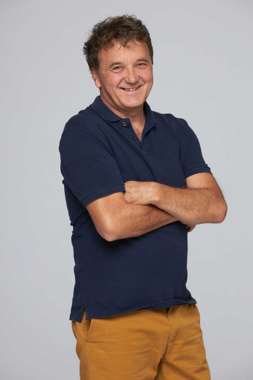 Az Apatigrisnek Scherer Péter a címszereplője, az RTL Klub sorozatát kifejezetten rá írták.