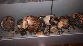 Súlyos károkat okozott a földrengés a Zágrábi Régészeti Múzeumban