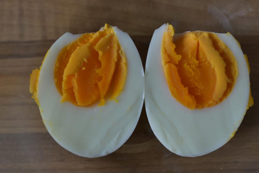 tojás 10 perces