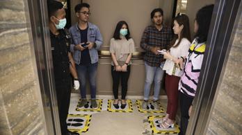A tudomány alaposan megvizsgálta, terjednek-e finggal a betegségek