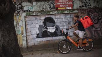A brazil favelákban a drogkereskedő bandák szólítják fel otthonmaradásra a lakókat