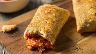 Vacsorára nem is kell finomabb: húsos raguval töltött batyuk egyszerűen