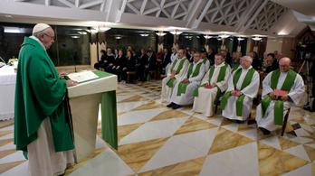 Koronavírusos lett Ferenc pápa közeli munkatársa