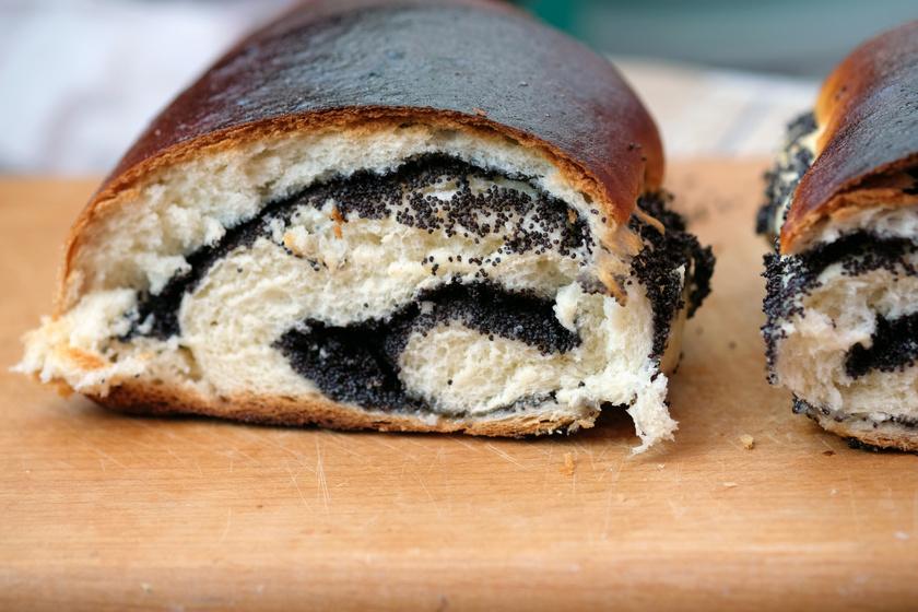 Házi mákos kalács isteni vajas tésztából: ilyen finom nincs a pékségben