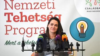 Novák Katalin gyerekeknek tartott sajtótájékoztatót a koronavírusról