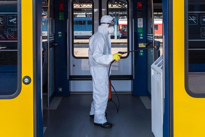 Fontos intézkedést hozott a MÁV a járvány miatt: sokaknak kedvez a döntés