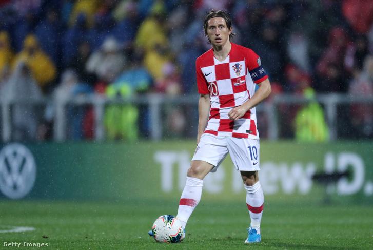 Luka Modric a Szlovákia elleni Európa-bajnoki-selejtezőn 20219. november 16-án Rijekában.