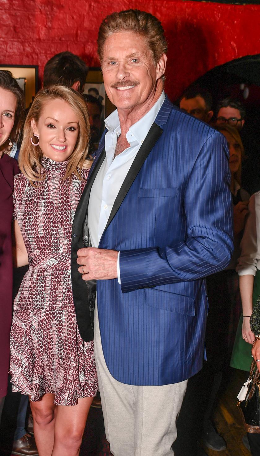 David Hasselhoff bolondul a feleségéért, Hayley-ért.