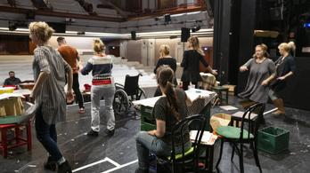 A koronavírus írta a leggonoszabb tragédiát a színházaknak