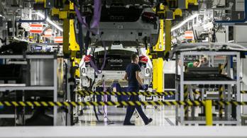 Leghamarabb április végén nyithat újra a kecskeméti Mercedes-gyár