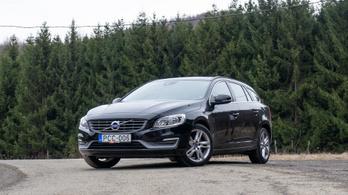 Használtteszt: Volvo V60 T6 AWD Geartronic, Momentum – 2017.