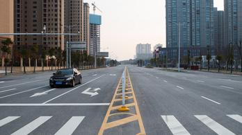 Autózhatunk a kijárási korlátozás idején?