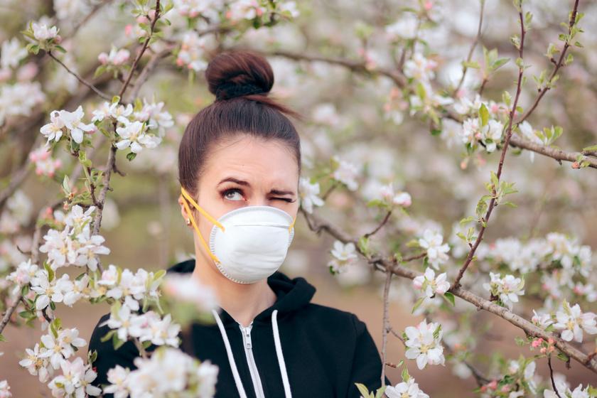Hogyan kell szedni az allergia elleni gyógyszert járvány alatt? Allergológus válaszol a főbb kérdésekre