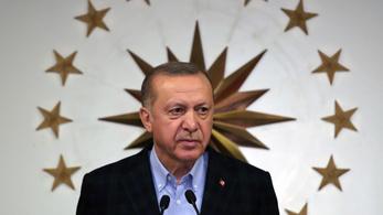Meredeken emelkedik a koronavírusos esetek száma Törökországban