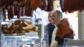 A bezárt piacok újranyitását kéri az agrárminiszter