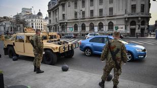 Több mint 2 milliárd forintnyi lejre bírságolták a kijárási korlátozást megszegő románokat