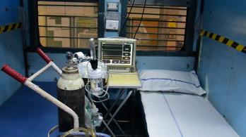 Vasúti kocsikat alakítanak át fertőző osztállyá Indiában