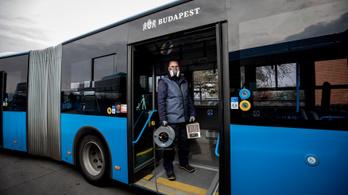 A BKK-járatokon is ingyen utazhatnak az egészségügyi dolgozók