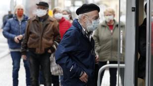 Kereskedelmi szövetség: A szombati bevásárlási idősávok törlését, vagy lerövidítését is mérlegelni kell