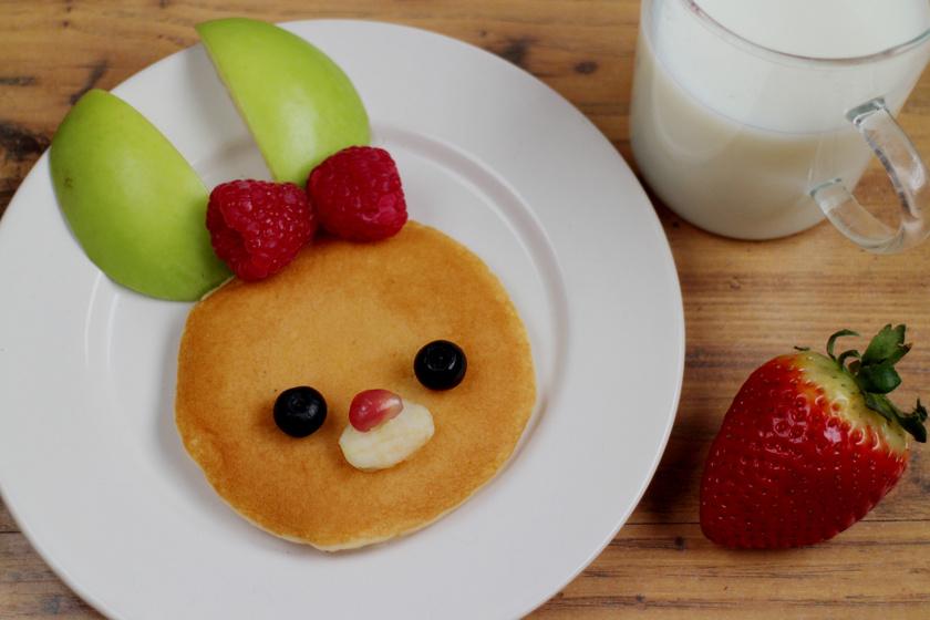 Mennyei, gyümölcsös, nyuszis palacsinta: a gyerekek húsvéti kedvence