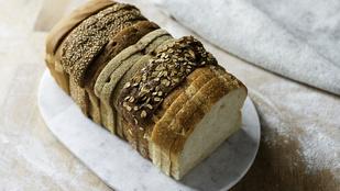 Még sosem sütöttél kenyeret? Itt egy egyszerű bögrés recept, amihez nem kell mérned a hozzávalókat!