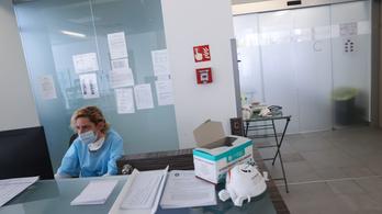 Vigyázni kell a járvány frontvonalaiban dolgozók lelki egészségére is