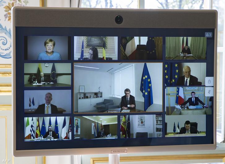Az Európai Tanács tagjainak videokonferencia-beszélgetése Párizsban, Elysee-palotában, ahol megvitatják a COVID-19 kitörésének kezelésére irányuló uniós erőfeszítések összehangolását 2020. március 26-án.