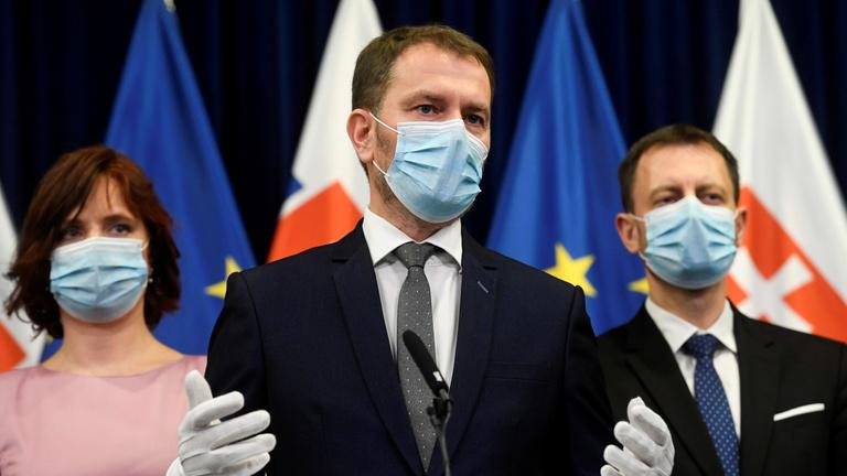Havi 1 milliárd euróval segíti a szlovák kormány a cégeket és dolgozókat