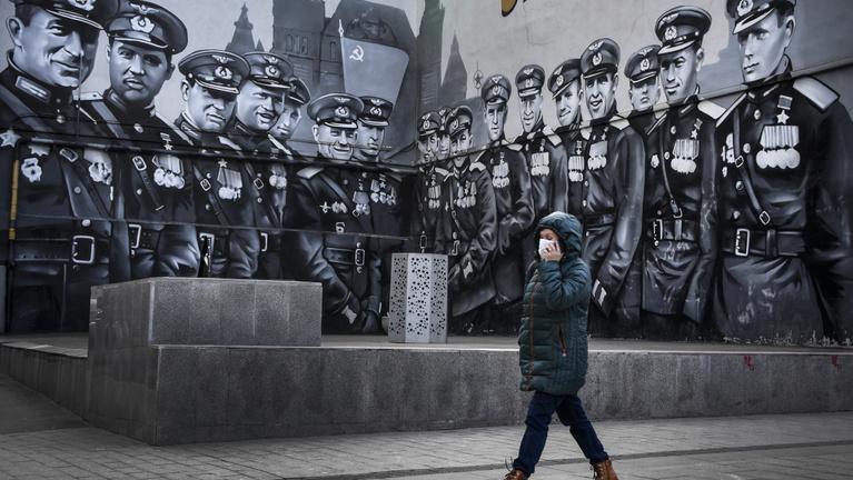 Hétfőtől kijárási tilalmat vezetnek be Moszkvában