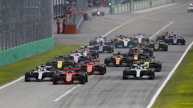 Csak jövőre érhet véget az idei F1-es szezon?