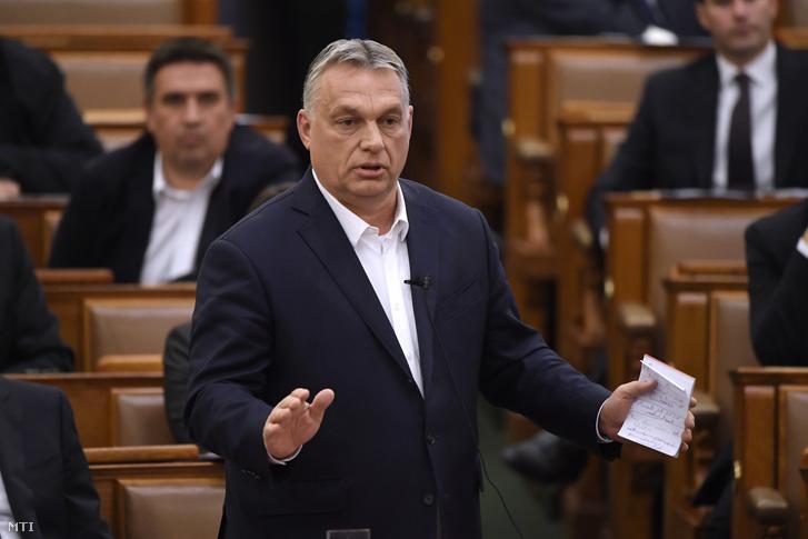Orbán Viktor miniszterelnök napirend előtt felszólal az Országgyűlés koronavírus-törvény plenáris ülésén 2020. március 23-án