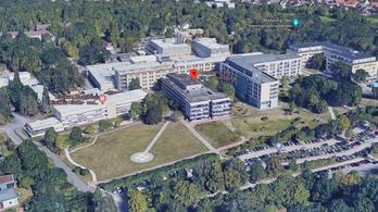 Koronavírusos dolgozói miatt csak gyerekeket és szülő nőket fogad egy német kórház