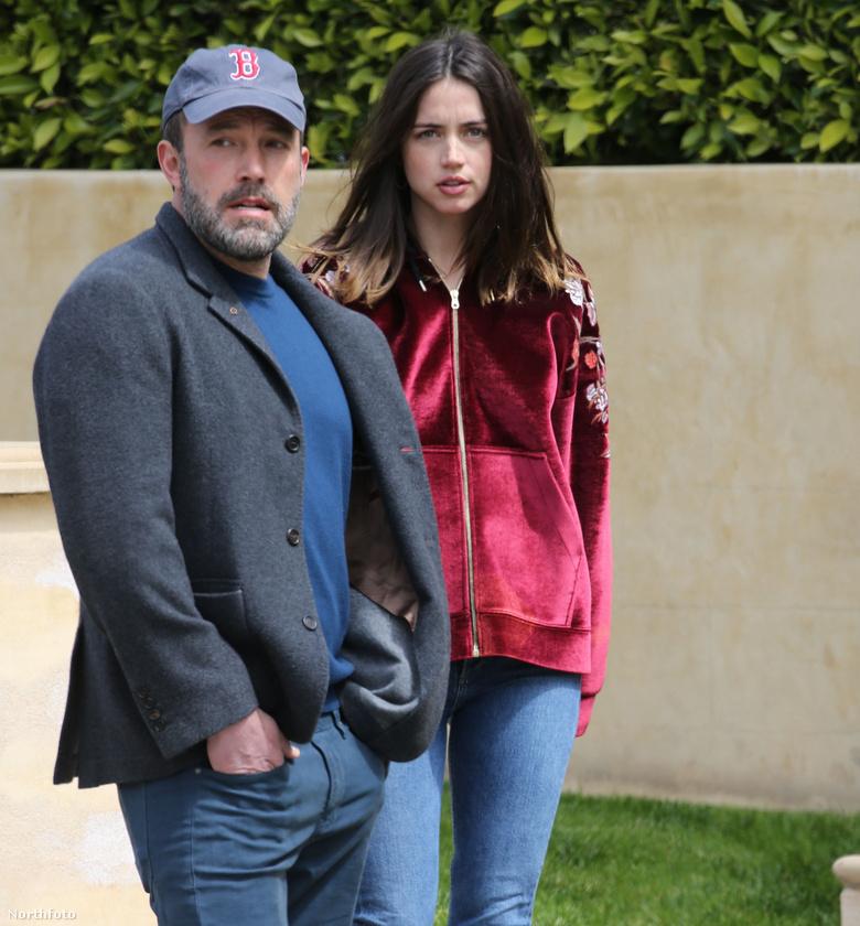Ben Afflecket és újdonsült választottját, Ana De Armast kapták le a lesifotósok