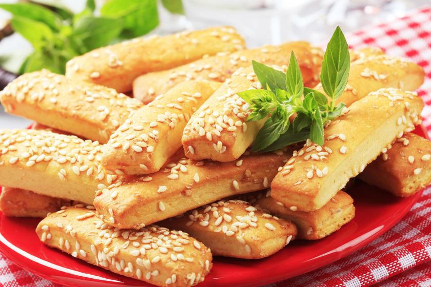 szezammagos-sajtos-rud-recept