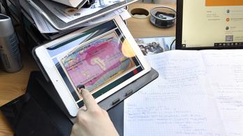 Digitális távoktatás: egyes, mert nem kézzel írtad