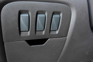 Ilyen vakkapcsolók vannak a Renault Zoéban de a Dacia Dokkerben is