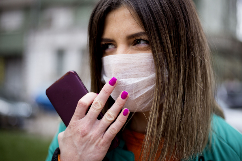Miért tilos az archoz nyúlni a koronavírus-járvány idején? Egy óra alatt 16-szor érintjük meg