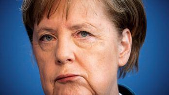 Merkel harmadik koronavírustesztje is negatív lett