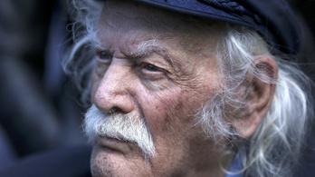 97 évesen meghalt a görög hős, aki letépte a náci zászlót az Akropoliszról
