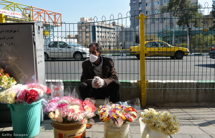 Virágárus Teheránban 2020 március 10-én
