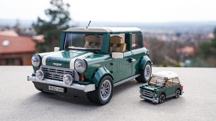 A Mini Cooper MK VII Lego-változata 1077 darabból áll, a még minibb verzió pedig ötvenkilencből