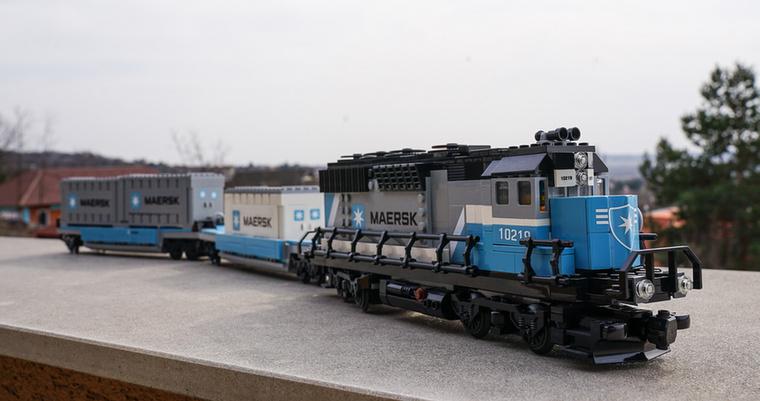 A Maersk vonatát is 2011-ben adták ki,  és 1234 darabból áll