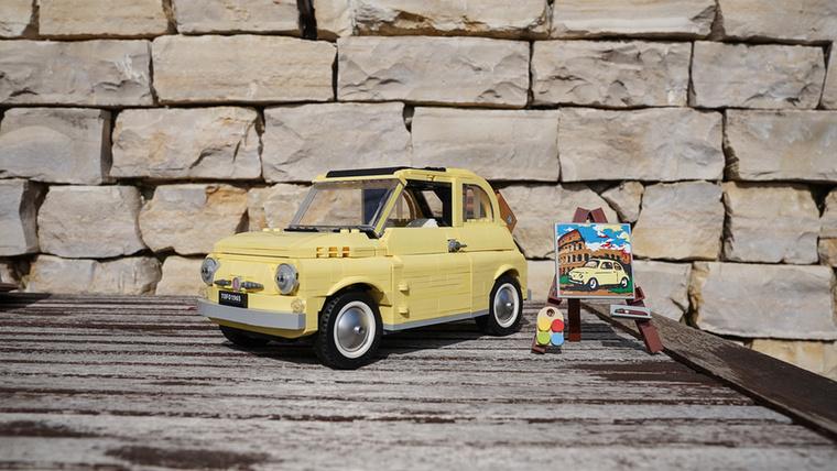 A Fiat 500 a legújabb darab, és erről lesz egy hosszabb cikk is a közeljövőben.