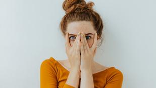 Óránként átlag 16-szor érintjük meg az arcunkat. Hogyan lehet leállni vele?